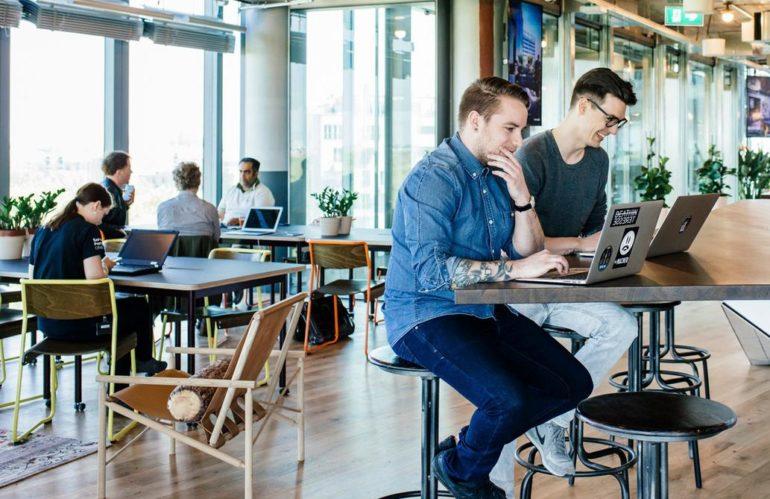La oficina compartida. Hay cada vez más lugares compartidos para trabajar.